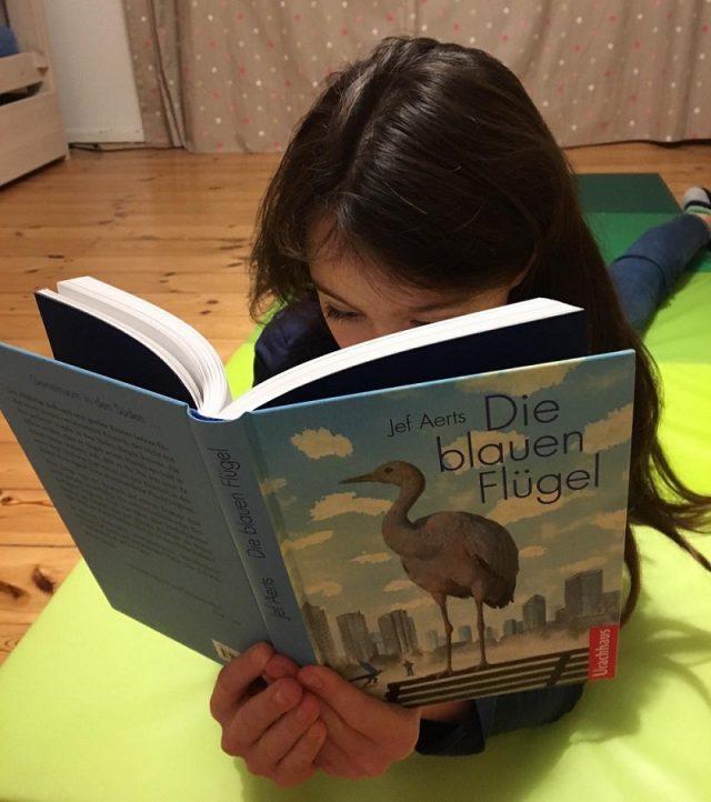 Leselieblinge zu Weihnachten: Lina liest Die blauen Flügel